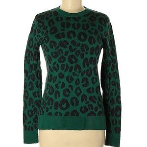 a. New day print green pullover size 2x Plus Size